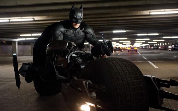 """""""Dark Knight Rises"""": las razones que retrasaron la filmación de Batman"""