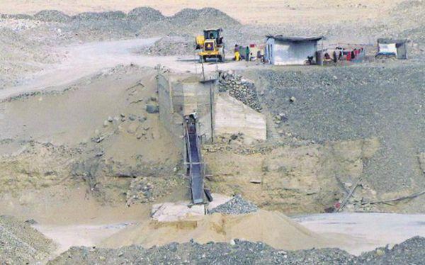 La Libertad: minería artesanal pone en peligro al complejo Campana