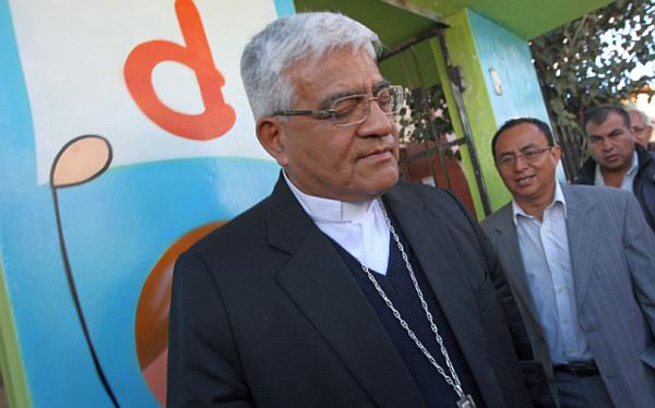 """Monseñor Cabrejos exhortó al diálogo y a renunciar a """"toda forma de violencia"""""""