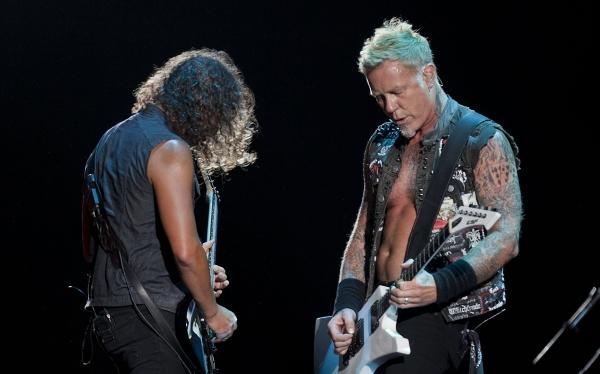"""Metallica ofreció concierto en México y dejó """"dos técnicos quemados"""""""