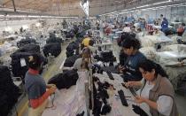 Bruselas implementa herramientas para combatir el dumping chino - Noticias de economia europea