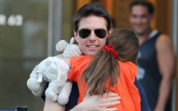 Tom Cruise deberá pagar 40 mil dólares al año para educar a su hija Suri