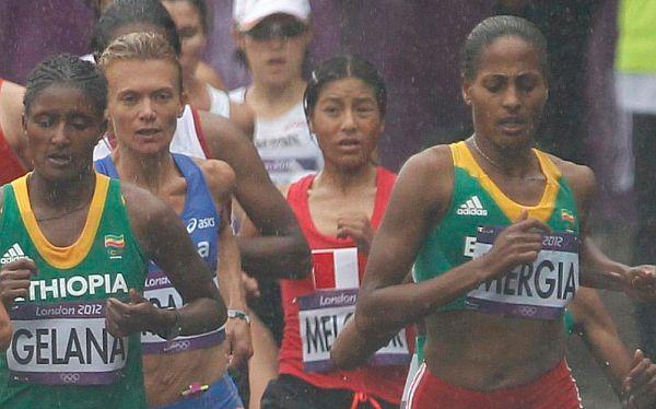 Inés Melchor sí marcó nuevo récord sudamericano en la maratón de Londres 2012
