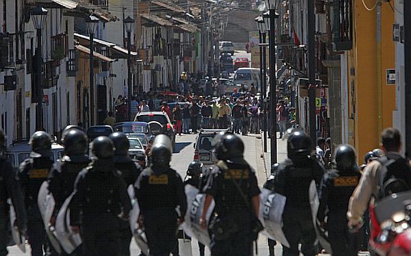 """Oposición le pide al Gobierno """"hacer respetar"""" estado de emergencia en Cajamarca"""