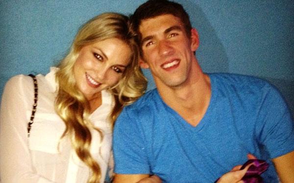 'Tiburón' Michael Phelps fue atrapado por la hermosa Megan Rossee