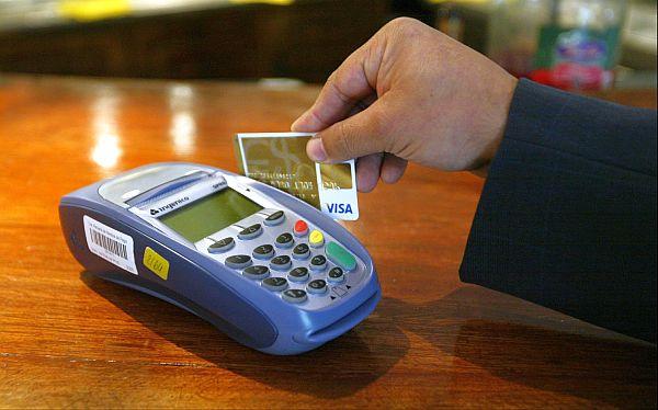 Bancos ya no cobrarían por mantenimiento de tarjetas de crédito