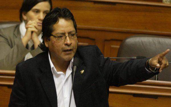 Congresista Rubén Coa retornó a las filas de Gana Perú