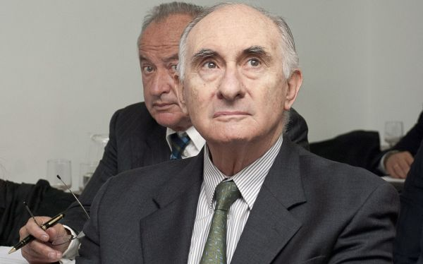 Empezó juicio contra ex presidente argentino De la Rúa por presuntos sobornos