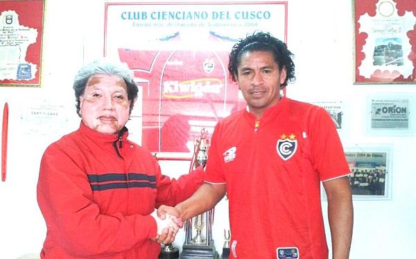 Santiago Acasiete fue presentado en Cienciano del Cusco