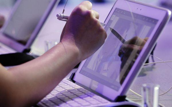 Samsung muestra su nueva tableta para desafiar al iPad