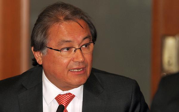 Ex defensor del Pueblo Walter Albán será nombrado ministro del Interior