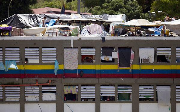 Venezuela: motín en cárcel dejó 25 muertos y 43 heridos