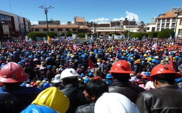 Puno: instalarán mesa técnica para formalización de mineros informales