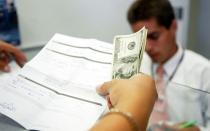 ¿Cómo saber qué entidad financiera genera menos reclamos? - Noticias de banco azteca