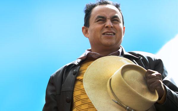 Santos pidió que se formalice suspensión de Conga para seguir con diálogo