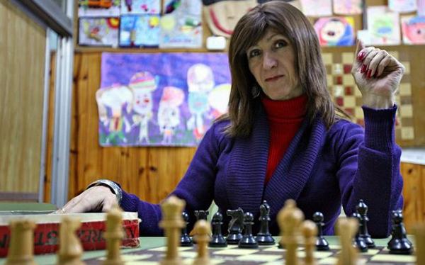 Caso de profesora transexual suscita polémica en Argentina