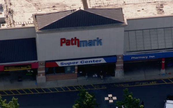 Nueva Jersey: tiroteo en un centro comercial deja tres muertos