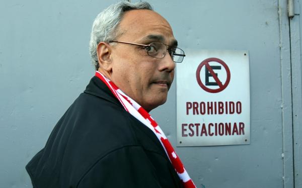 Aprobación de Manuel Burga sigue en picada: solo 6% aprueba su gestión