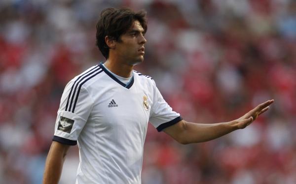 Kaká sería sancionado por Real Madrid por negarse a aparecer en una foto