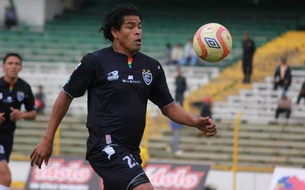 Cienciano derrotó 2-0 a Cobresol en el Cusco y se escapa de la baja