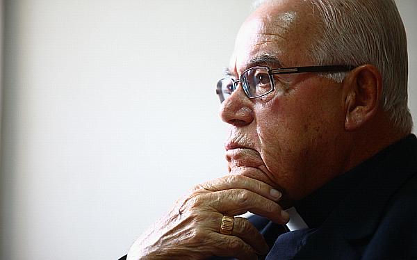 "Bambarén criticó a Santos: ""Su negativa a dialogar es signo de su intolerancia"""