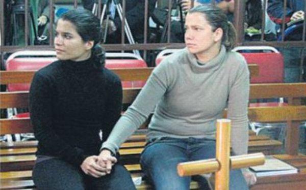 Eva y Liliana saldrían de la cárcel el lunes, en el mejor de los casos