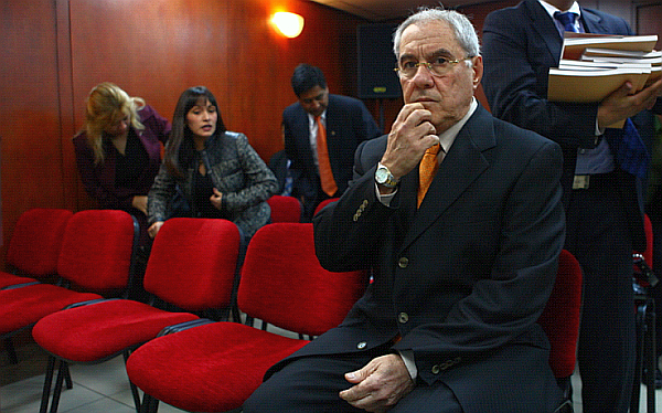 Caso Villa Stein sigue en evaluación en Consejo Nacional de la Magistratura