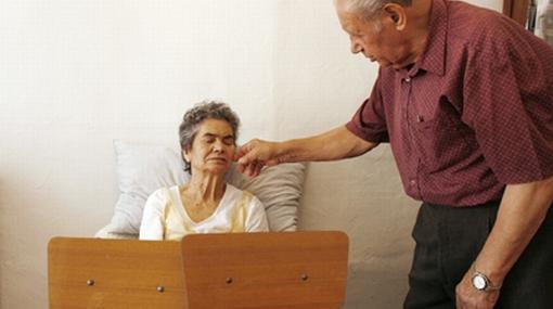 Fármaco contra el Alzheimer podría tener beneficios en etapas tempranas del mal