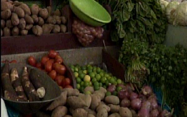 Paro en La Parada también incrementa precios en mercado de Surquillo