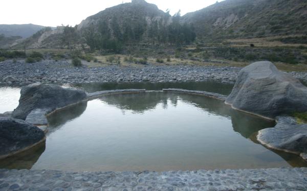 Aguas termales del valle del colca ser n promocionadas en - Banos termales madrid ...
