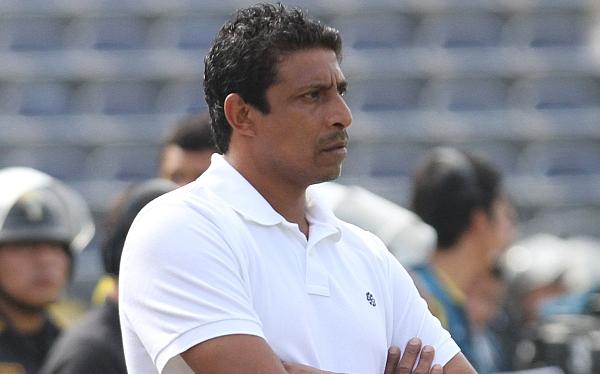 """DT José Soto: """"Aurich se crece cuando juega contra nosotros"""""""