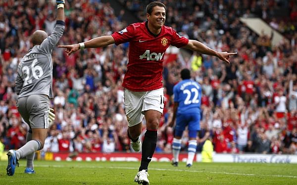 Manchester United y Arsenal golearon en la Liga Premier