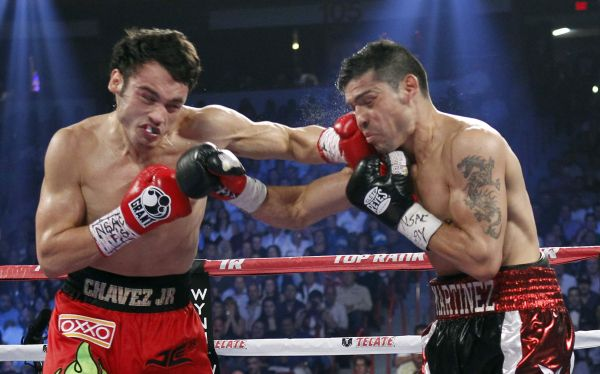 'Maravilla' Martínez venció Chávez y se quedó con el título mundial de peso mediano