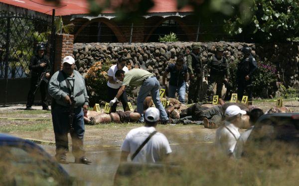 México: hallan 17 cadáveres abandonados en carretera