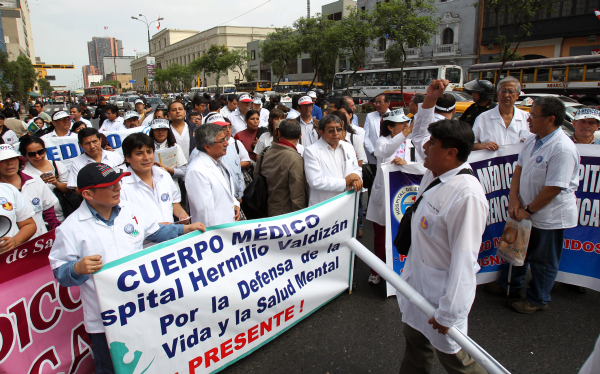 Huelga de médicos fue declarada ilegal por el Ministerio de Salud