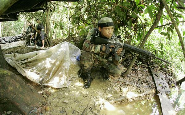 Vraem: narcoterroristas atacaron base militar en Kepashiato