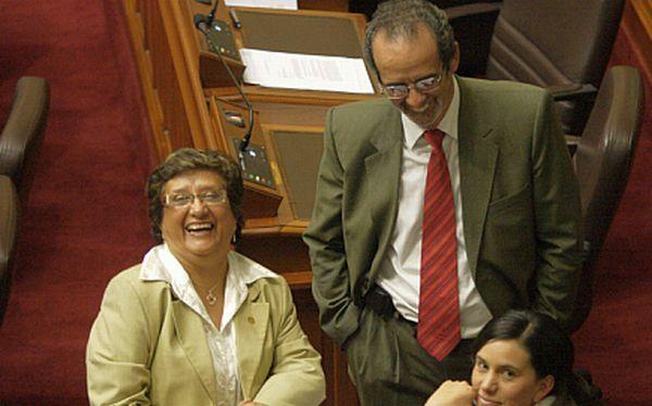 """Izquierda lanza partido """"Fuerza Ciudadana"""" con miras a elecciones"""
