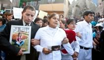 FOTOS: Ruth Thalía Sayas fue despedida por familiares y amigos que clamaban justicia - Noticias de bryan romero