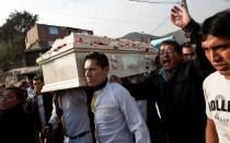 Familiares de Ruth Thalía exigieron justicia en entierro en Huachipa - Noticias de bryan romero leyva