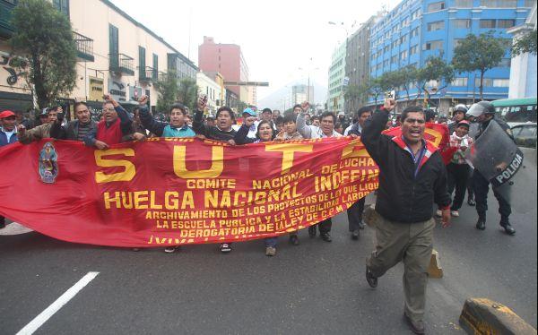 El Sutep continuará huelga indefinida y anunció marchas en todo el país