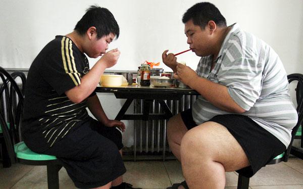 Cuidado con la obesidad: expertos la consideran la pandemia del siglo XXI