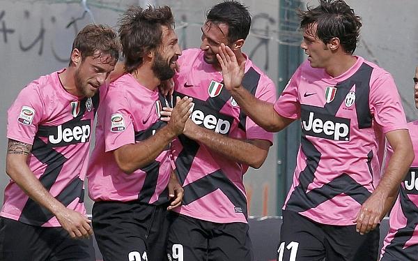 Juventus venció 2-1 a Siena y continúa como líder de la Serie A