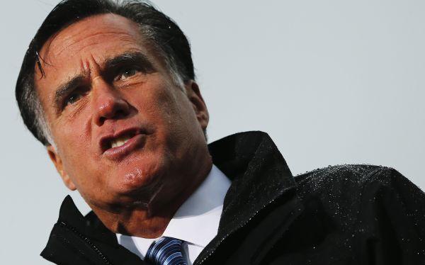 Mitt Romney criticó con dureza política exterior de Barack Obama