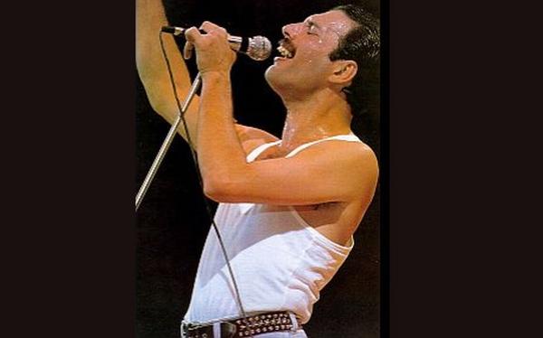 Película sobre Freddie Mercury se estrenará el 2014, confirma guitarrista de Queen