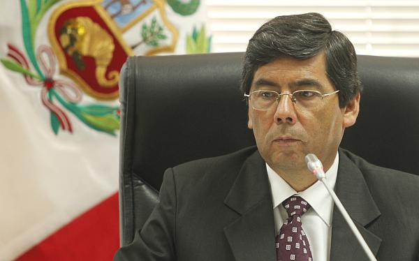 Vocero de Gana Perú descartó divisiones tras suspensión a Diez Canseco