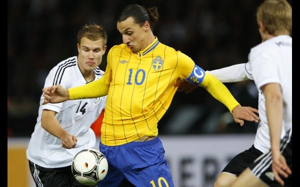 Alemania ganaba 4-0 y se dejó empatar 4-4 por Suecia