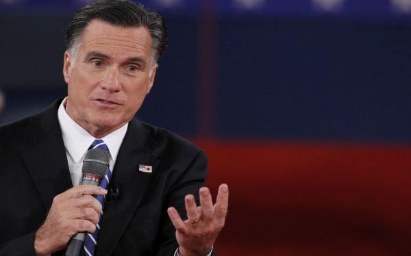 EE.UU.: Romney recibe críticas por comentario sobre mujeres durante debate
