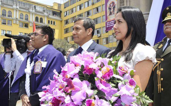 Ollanta Humala recibió a la imagen del Señor de los Milagros en Palacio de Gobierno