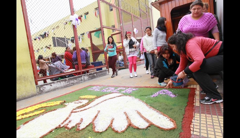 FOTOS: la fe por el Señor de los Milagros también se vivió en el Penal de Mujeres de Chorrillos