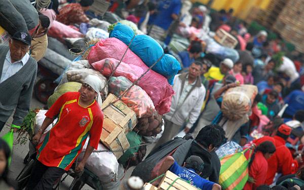 Comerciantes de La Parada vigilarán que no se impida estacionar camiones